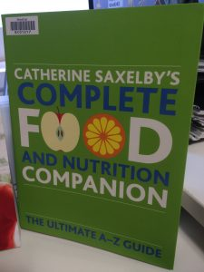 Image of book cover of Catherine Saxelby's complete food and nutrition companion